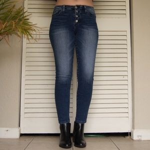 Flying Monkey | button fly mid rise skinny | 26